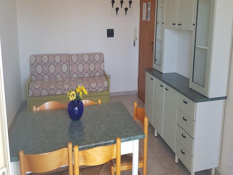 Trilocale fino a 6 posti letto a Rivabella di Gallipoli RIV11D, vacation rental in Rivabella