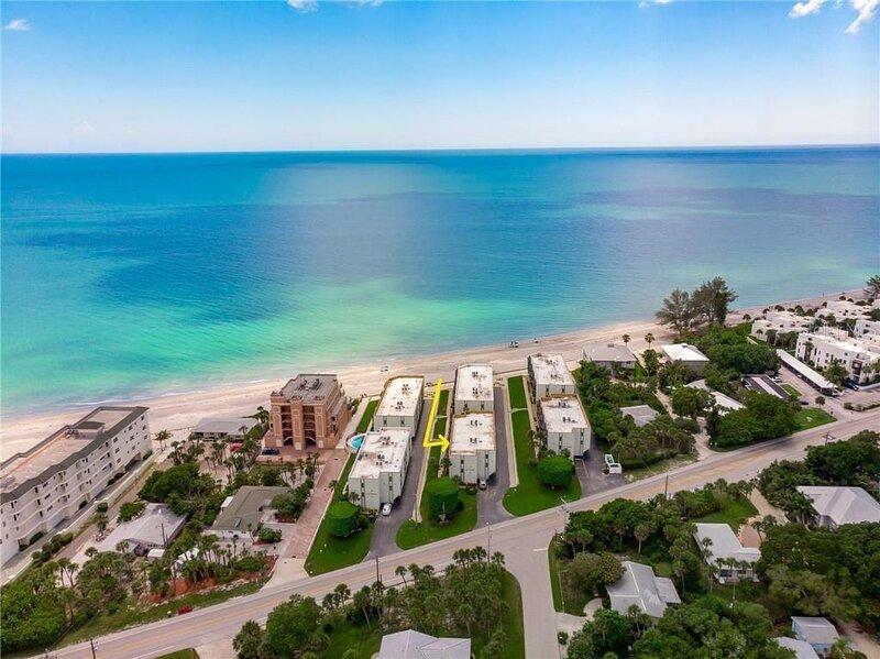 Island Attitude 2/2 beach condo, casa vacanza a Manasota Key