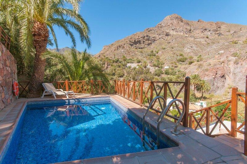 House - 1 Bedroom with Pool - 106837, aluguéis de temporada em Fataga