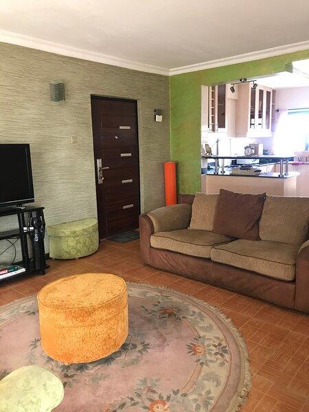 Katie's Homely apartment near National Park, location de vacances à Kiserian