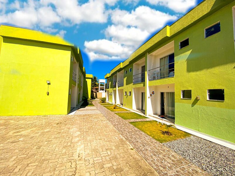 Flat Coroa Vermelha, no Condomínio Brasília Coroa, vacation rental in Santa Cruz Cabralia