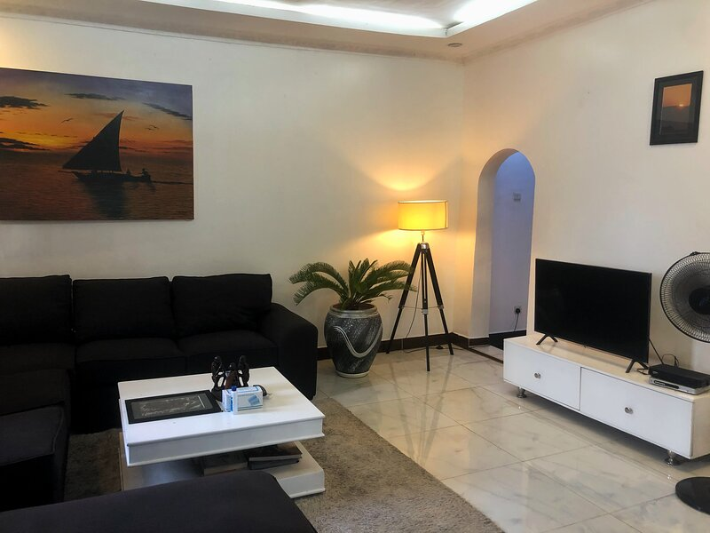 Entire house for rent, casa vacanza a Dar es Salaam
