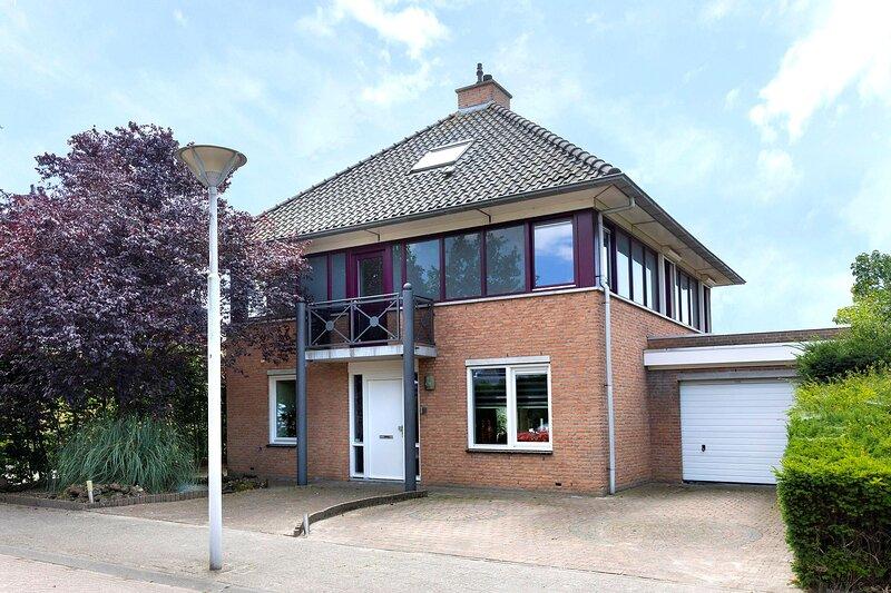 Modern Luxury, Ferienwohnung in Prinsenbeek