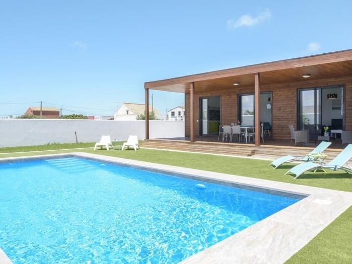 Villa private pool ONLY families and couples IV, casa vacanza a Los Naveros