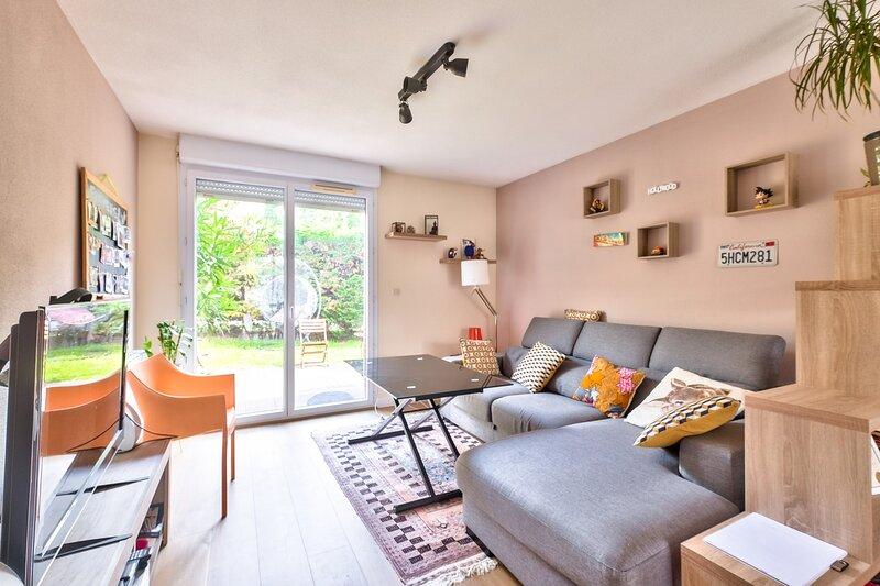 LM- Alexandra Néel avec jardin, vacation rental in Lagardelle-sur-Leze