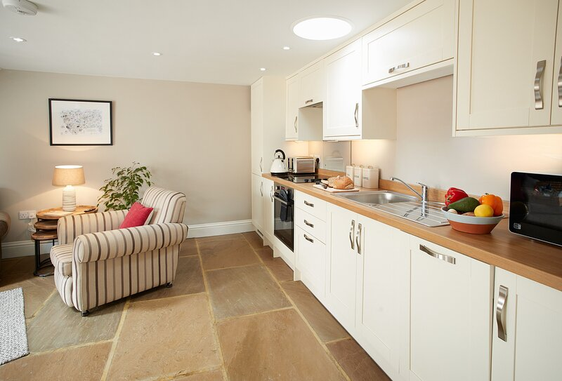 Kirby Cottage, holiday rental in Ampleforth