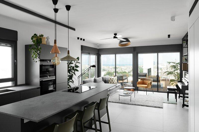 Apartment Quartz   3BR   Jaffa    Hasidei Haumot   #Y7, vacation rental in Beit Dagan
