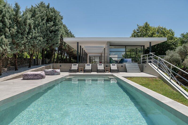 Villa 7, Minimalist Design Villa with Heated pool with full privacy near beaches, holiday rental in Perivolia