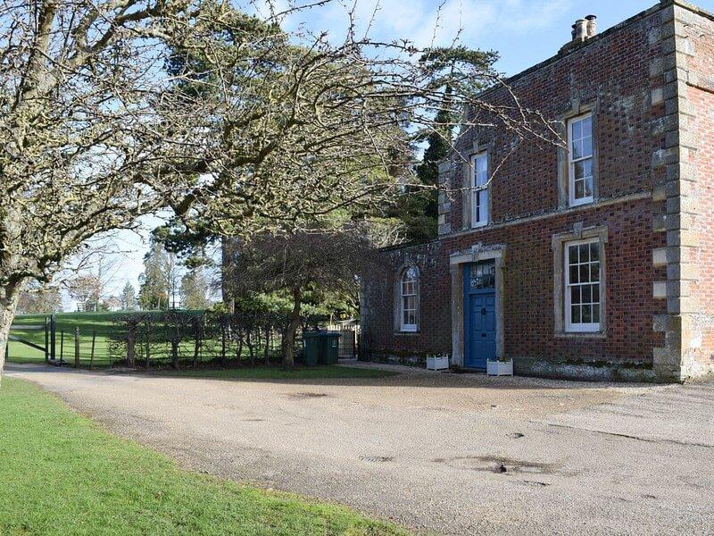 Brewery Cottage, holiday rental in Haddenham