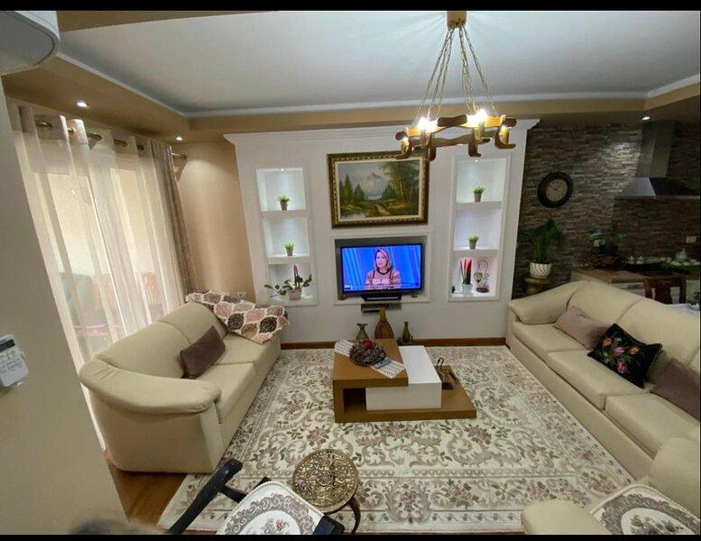 Sweet Apartment, location de vacances à Korce County