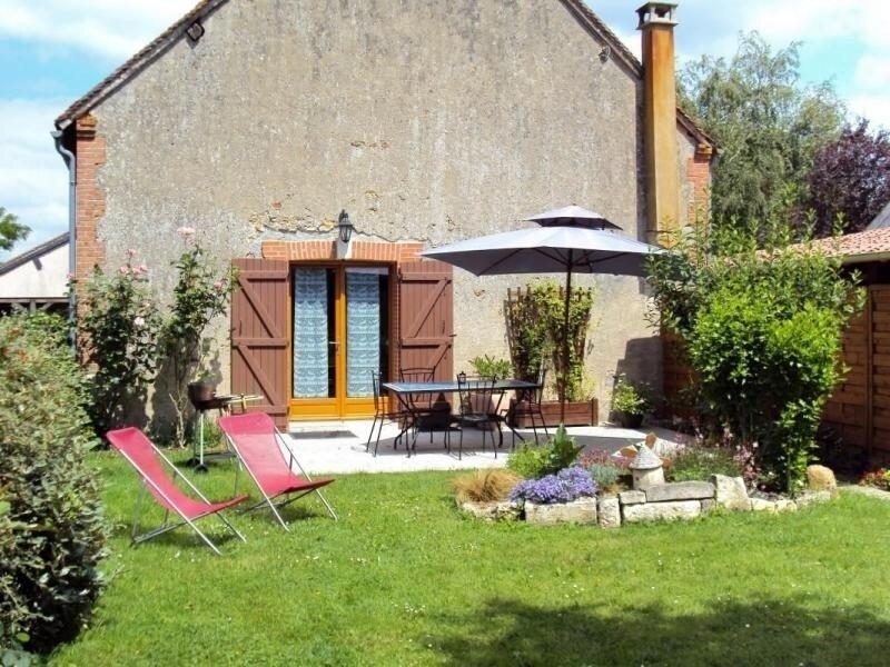 Gîte Les Tailles, holiday rental in Vieilles-Maisons-sur-Joudry