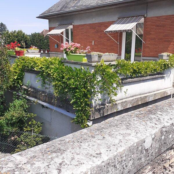 Chambres d'Hôtes GOBILLON, vacation rental in Villemeux-sur-Eure
