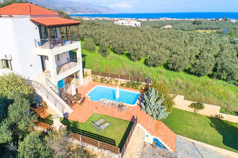Secret Escape Villa | Heated Pool & Jacuzzi, location de vacances à Tavronitis