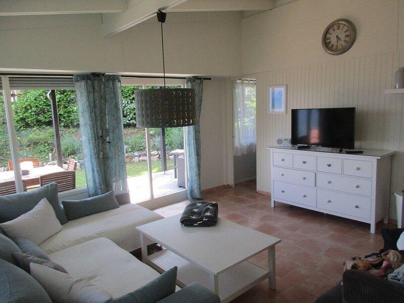 Inviting 2-Bed House in Tignale, alquiler vacacional en Tignale