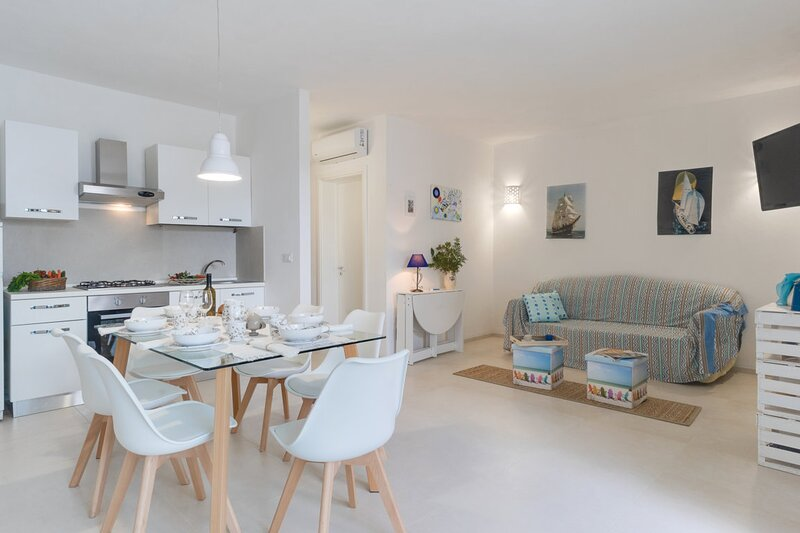 Millebolleblu apartment THREE, vacation rental in Lido Marini