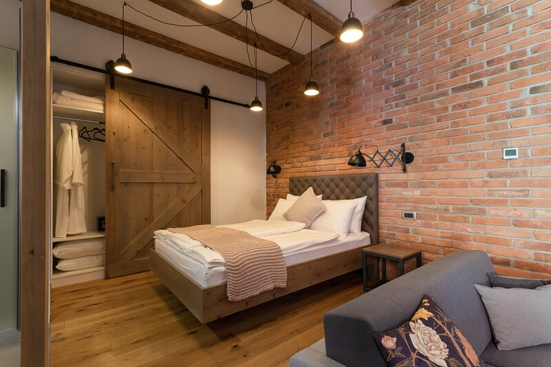 Apartment Entry #3 at Gentry11 Rooms&More, alquiler de vacaciones en Maribor
