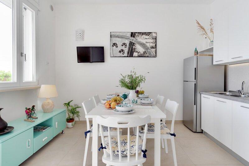 Millebolleblu apartment ONE, vacation rental in Lido Marini