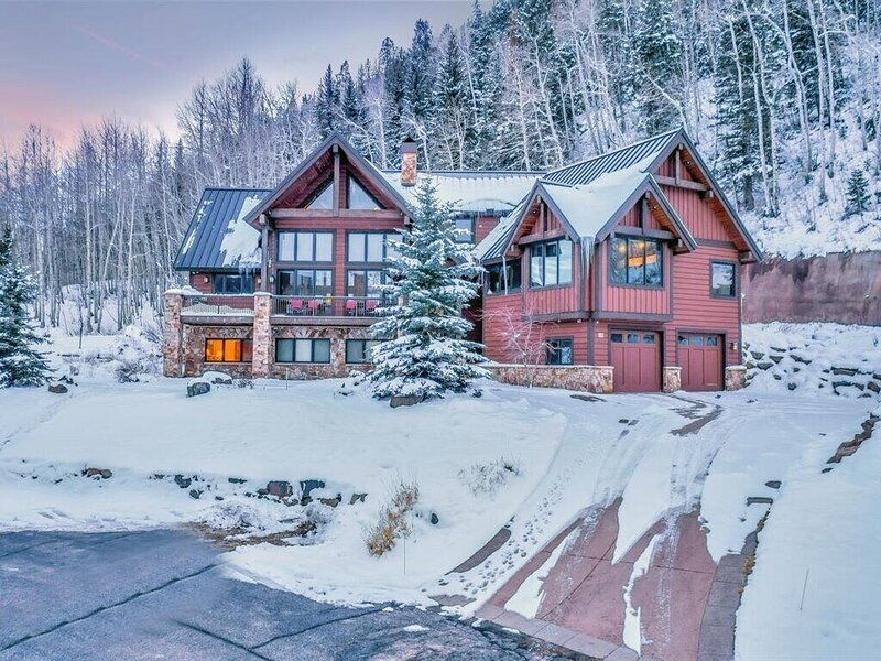 New Listing - Grandview Mountain Lodge:Fire Pit, Pool Table, Hot Tub/Pool Access, vacation rental in Vallecito Lake