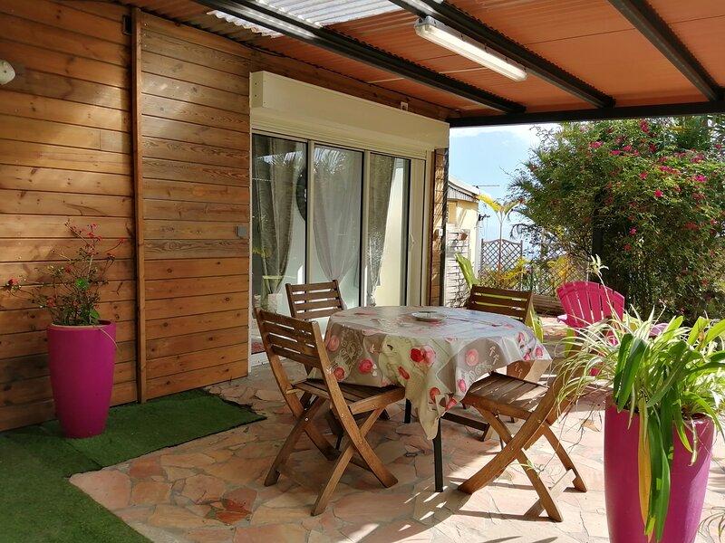 Le Bambou, meublé de tourisme 2*, location de vacances à Les Avirons
