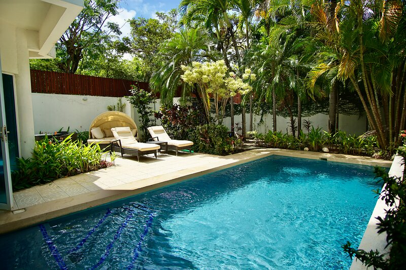 Casa Puesta del Sol Villa 2 Ocean View, alquiler de vacaciones en Langosta