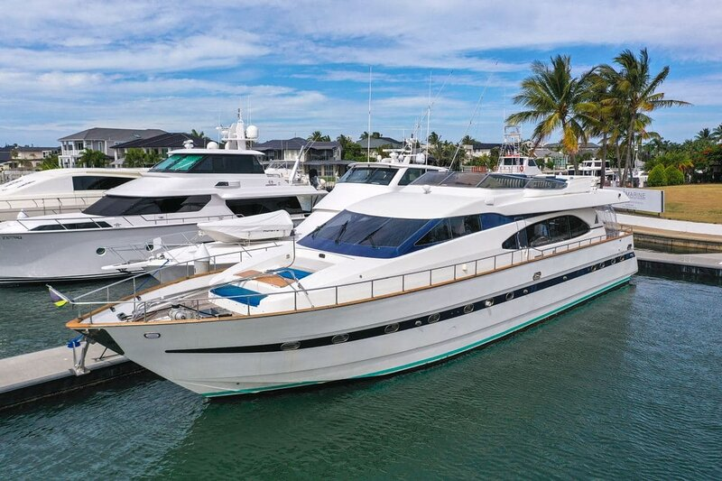 Million dollar Luxury 90ft yacht in Gold Coast!, alquiler vacacional en Helensvale