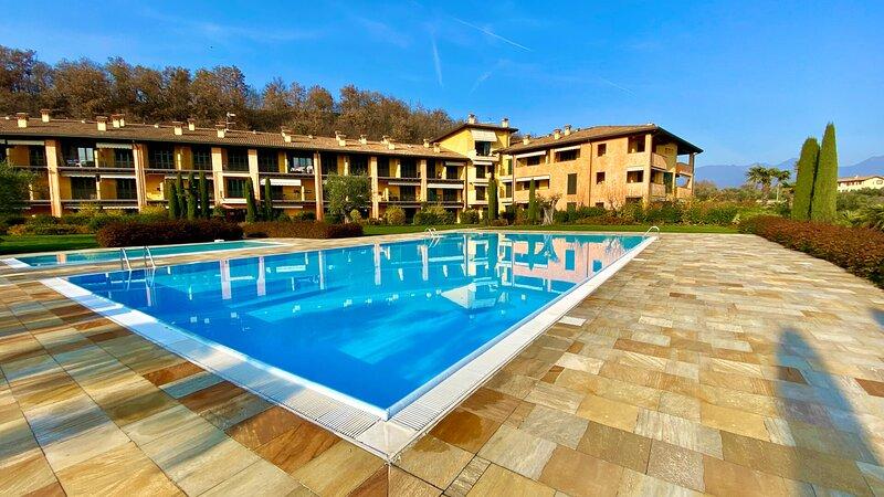 La Torretta del Residence degli Ulivi, aluguéis de temporada em Villanuova sul Clisi