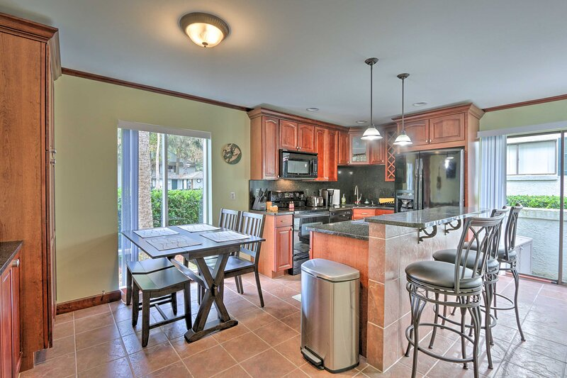 Fully Equipped Kitchen | Dining Table | Private Entrance | Resort Townhome