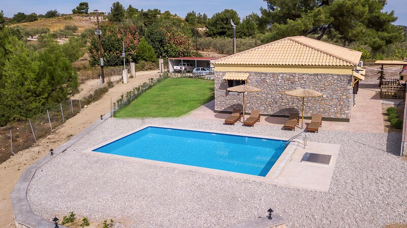 Villa in the Woods, holiday rental in Kolympia