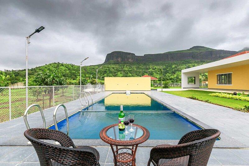 Meluha Villa by Vista Rooms, casa vacanza a Trimbak