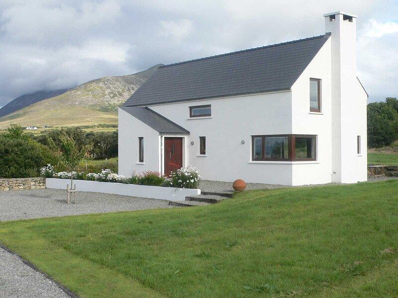 Kilsallagh Lower, Louisburg M001, holiday rental in Achill Sound
