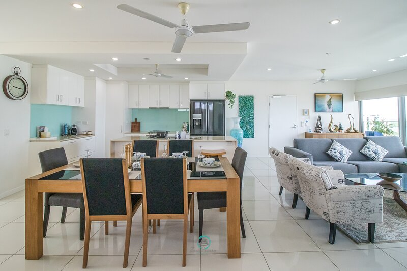 ZEN BY THE WATER - Darwin's Premier Ocean View Family Retreat, vacation rental in Darwin