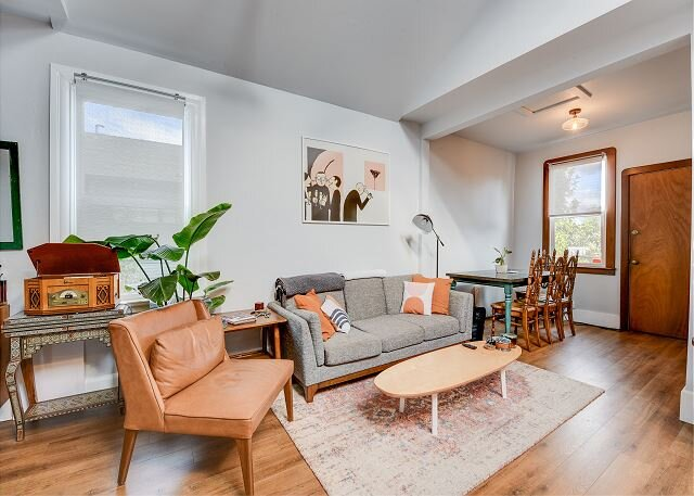 Charming Vintage 2BR Apartment in Oakland, holiday rental in Emeryville
