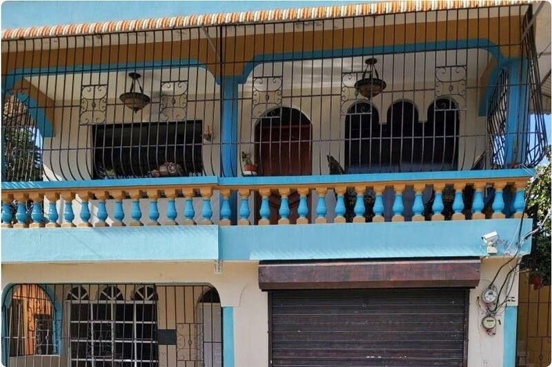 CASA EN 2DO NIVEL, holiday rental in Bonao