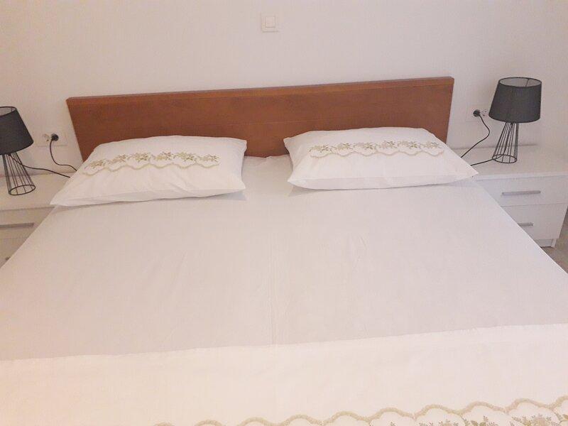 Apartments Bepi - Apartment Ema, vacation rental in Komiza