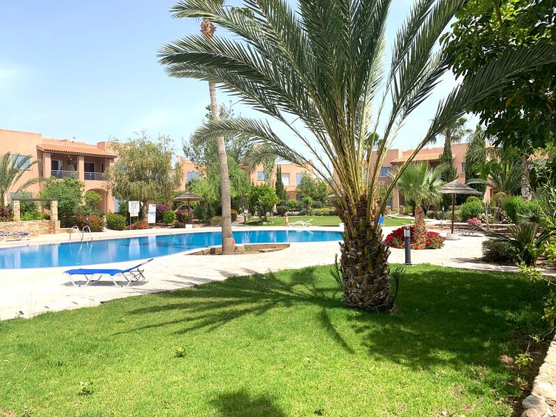 Seaside Holiday Apartment, holiday rental in Mandria