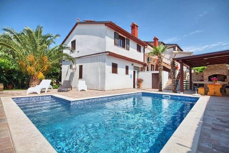 Silva - with pool: A2 Pink(4) - Stinjan, holiday rental in Stinjan