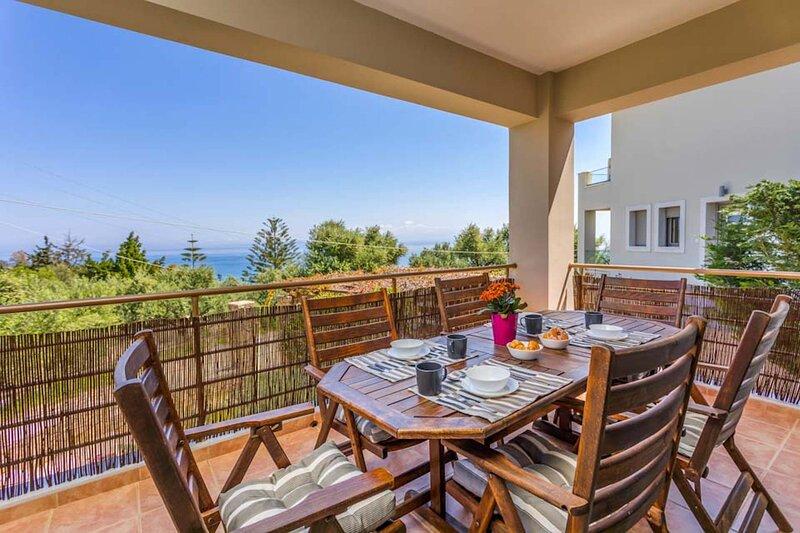 Villa Elina, vacation rental in Bochali