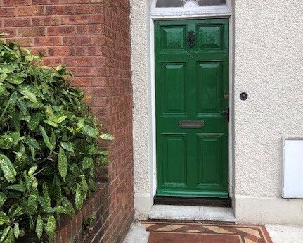 GARDEN CLOSE Three double bedrooms, short walk to Town and Harbour, holiday rental in Weymouth