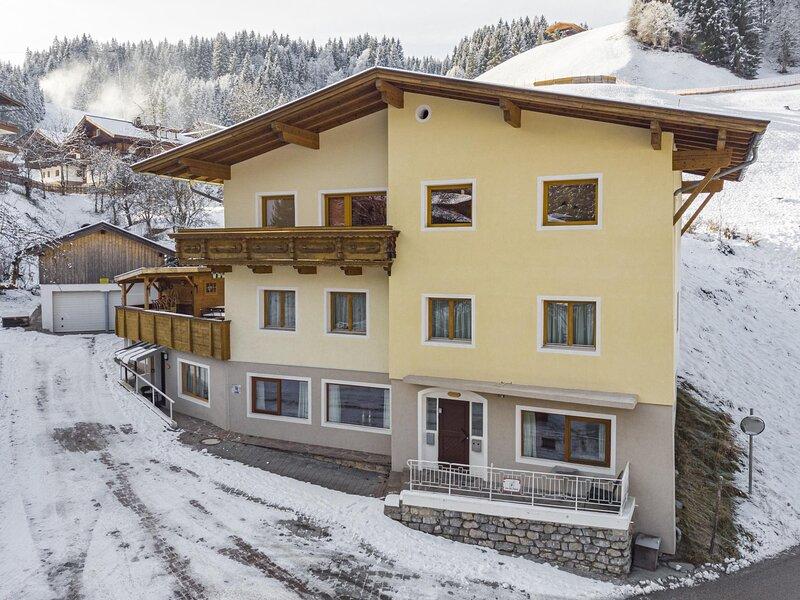 Schatzberg Appartement Tirol, holiday rental in Wildschonau
