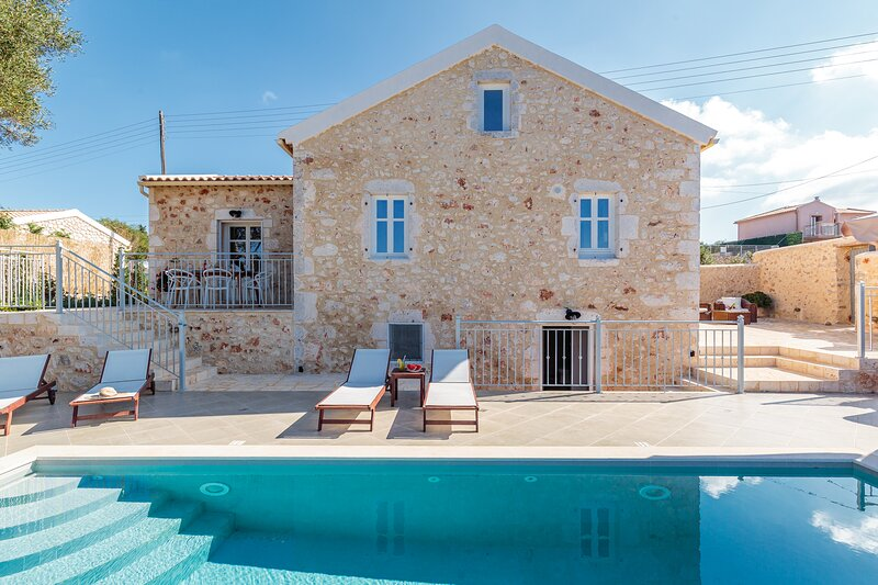 Fiscardo Luxury Stone Villa Alex,with sunset view!!!, holiday rental in Katsarata