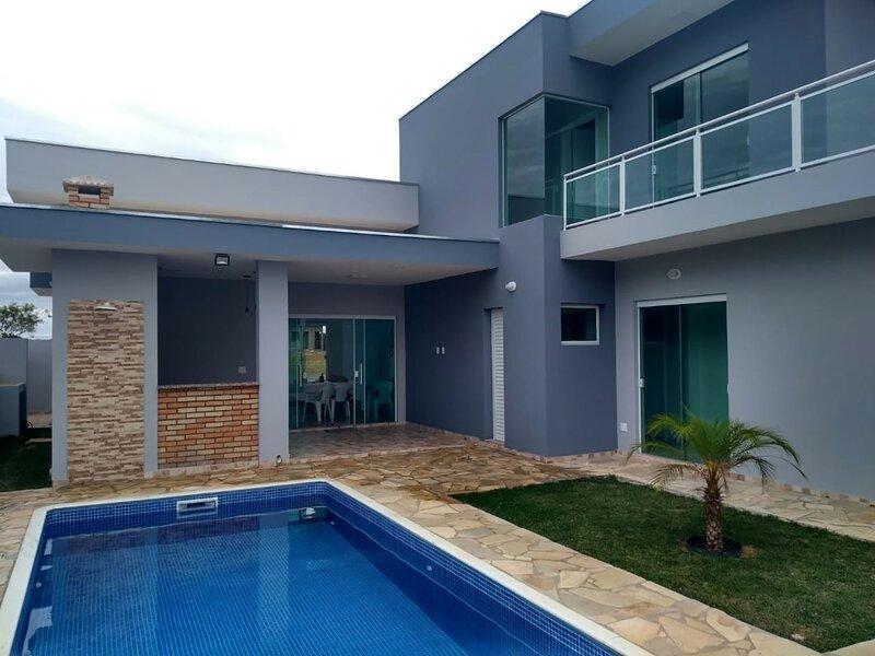 Casa linda com lazer completo e wifi em Porangaba, casa vacanza a Botucatu