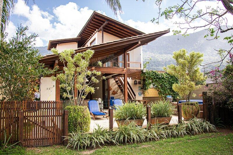 Casa Espetacular com Jacuzzi, Churrasqueira e WIFI, Ferienwohnung in Pauba