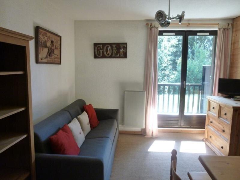 joli studio avec cabine séparée, vacation rental in Flaine