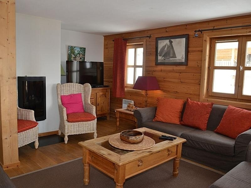 Magnifique chalet très bien équipé avec vue imprenable, vacation rental in Flaine