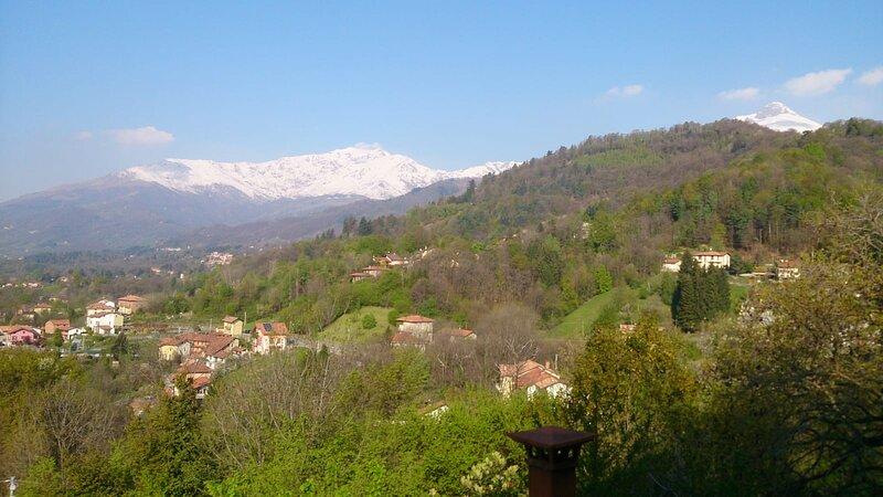 Ferienhaus mit Sonne Berg See im Piemont, Ferienwohnung in Province of Biella