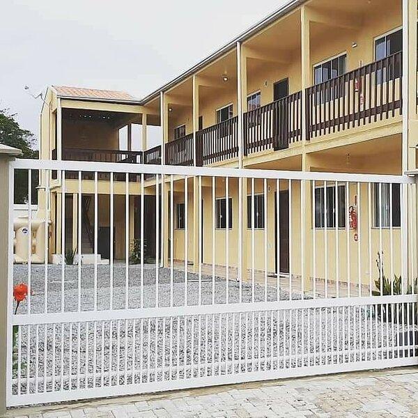 Apartamento 03, 2 dormitórios Bombinhas, holiday rental in Bombinhas