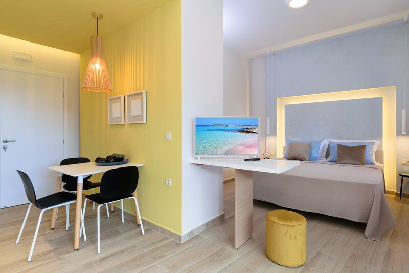 New modern studio Platanos★Wifi★5 min to Falasarna beach, holiday rental in Kavousi