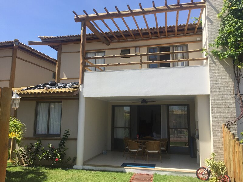 Vilage duplex com churrasqueira privativa, location de vacances à Itacimirim