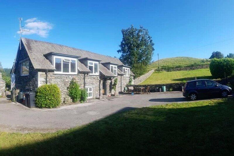 Beautiful 3-bed stone barn in idyllic Hawkshead, vacation rental in Hawkshead