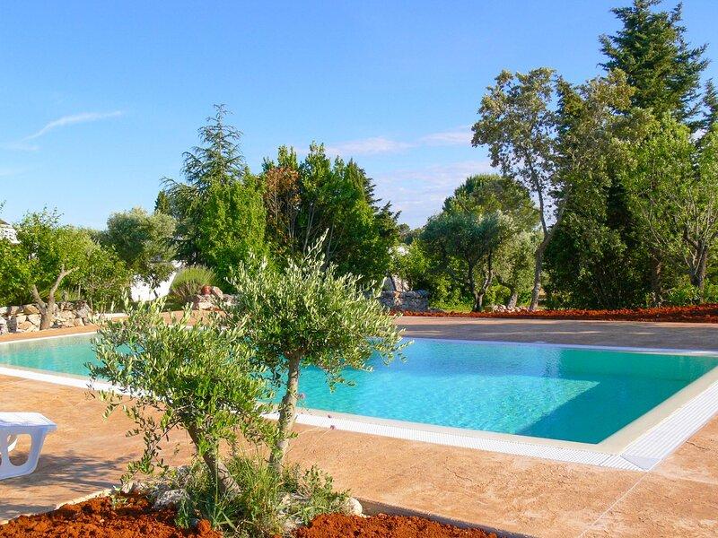 Villa Trulli Del Sole - Ostuni, holiday rental in Chiobbica